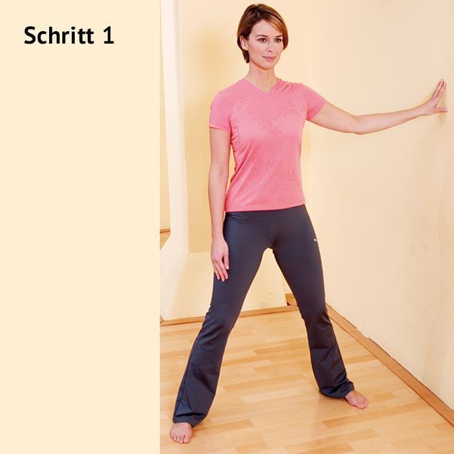 Stellen Sie sich mit etwas mehr als hüftbreit geöffneten Beinen aufrecht hin | Litozin