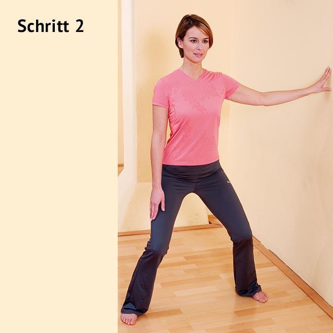 Gehen Sie nun langsam in die Knie, ohne die Fersen anzuheben, und kommen langsam wieder hoch | Litozin