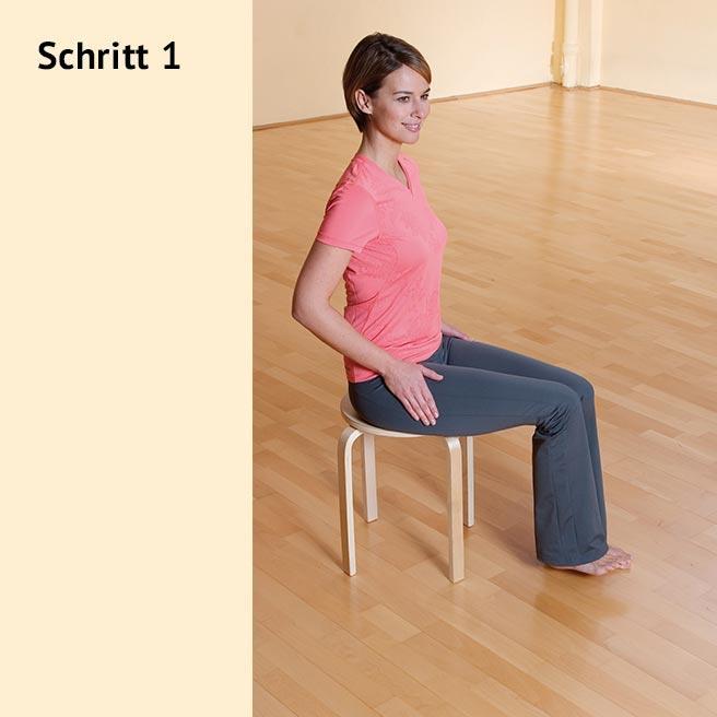 Setzen Sie sich in aufrechter Haltung mit im 90°-Winkel gebeugten Beinen auf einen Stuhl oder Hocker | Litozin